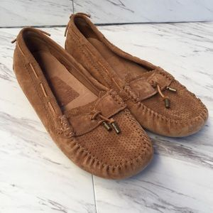 UGG RONI PERF Moccasins, Brown Suede Sz 9. 002